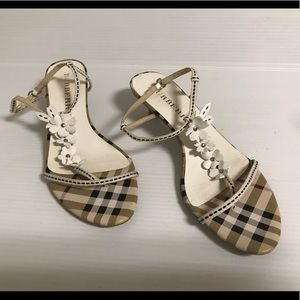 Burberry shoes size 38
